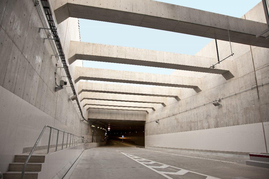 正蓮寺川西工区開削トンネル工事